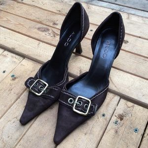 Aldo leather upper pointed toe buckle heels